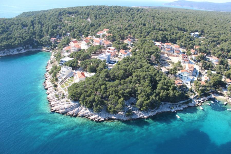 Milna Bay, Brac Island Aerial