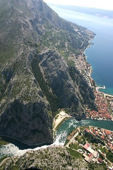 Omis, Split Riviera