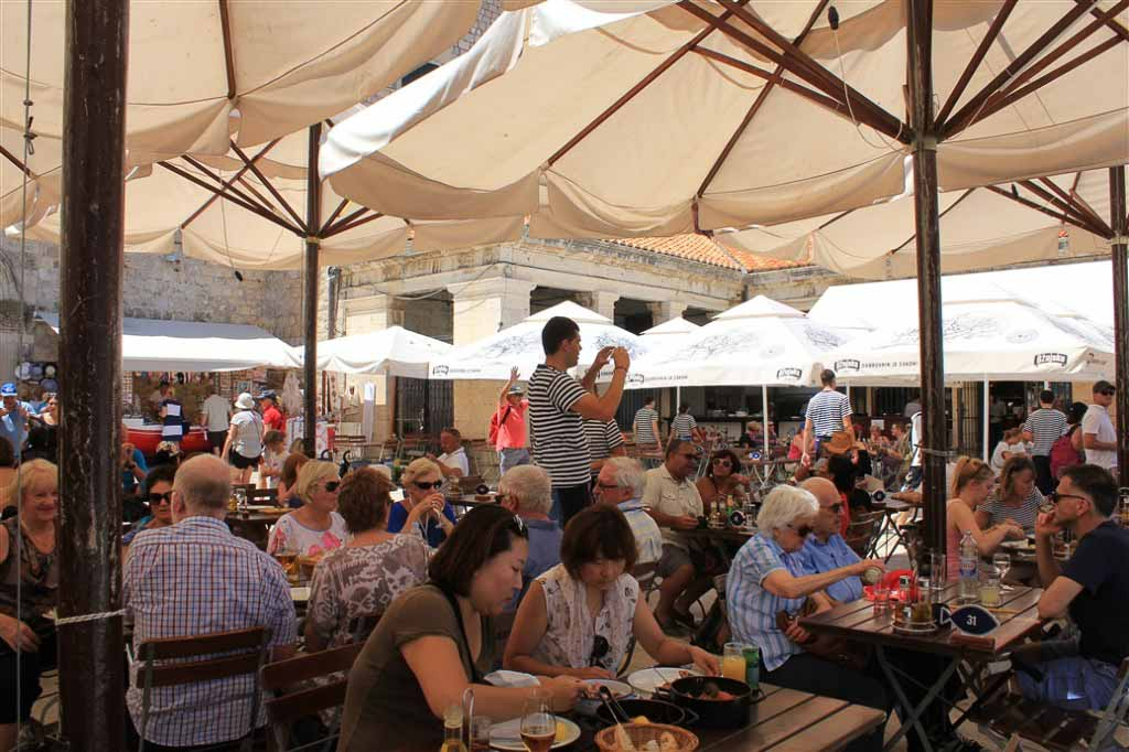Lokanda Peskarija Restaurant, Dubrovnik Old Town Harbour (4)