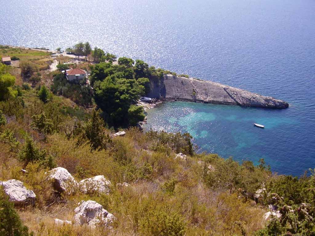 Loza Bay Villa, Near Hvar Town, Hvar Island (12)