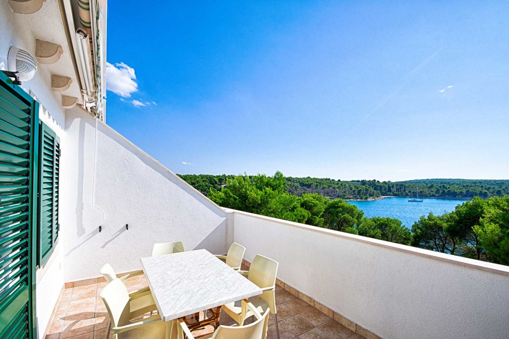 Emerald Apartments, Milna, Brac Island (12)