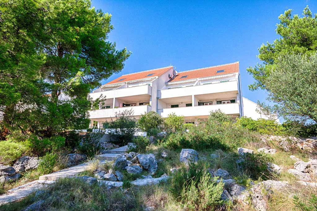 Emerald Apartments, Milna, Brac Island (14)