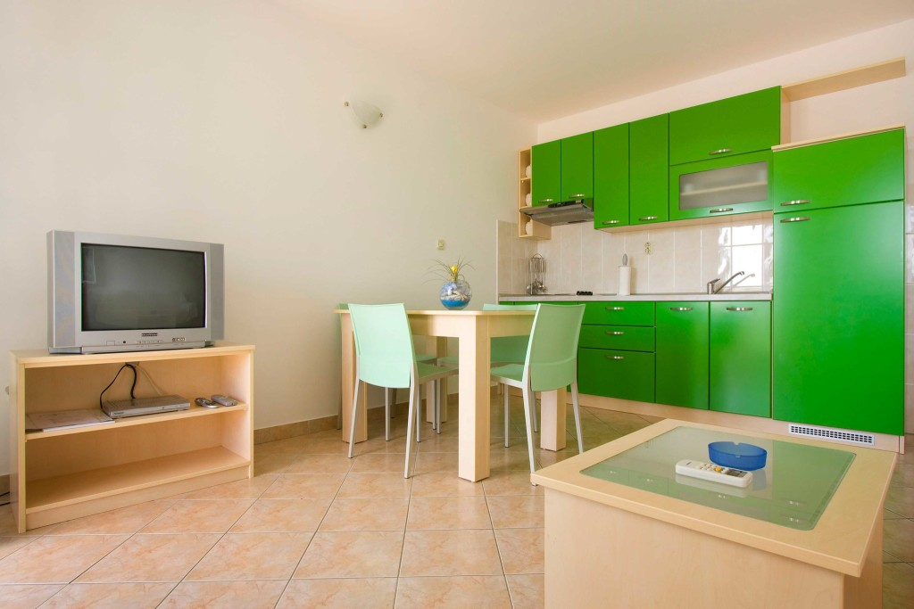 Emerald Apartments, Milna, Brac Island (5)