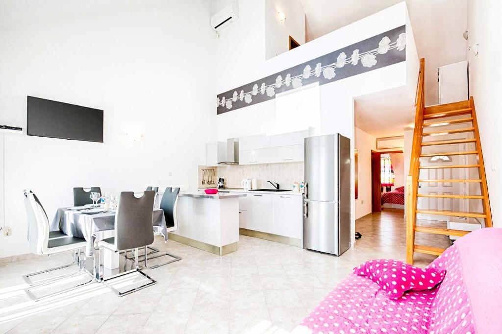 Emerald Apartments, Milna, Brac Island (8)