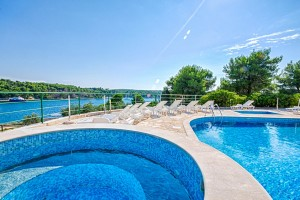 Emerald Apartments, Milna, Brac Island, Pool TH