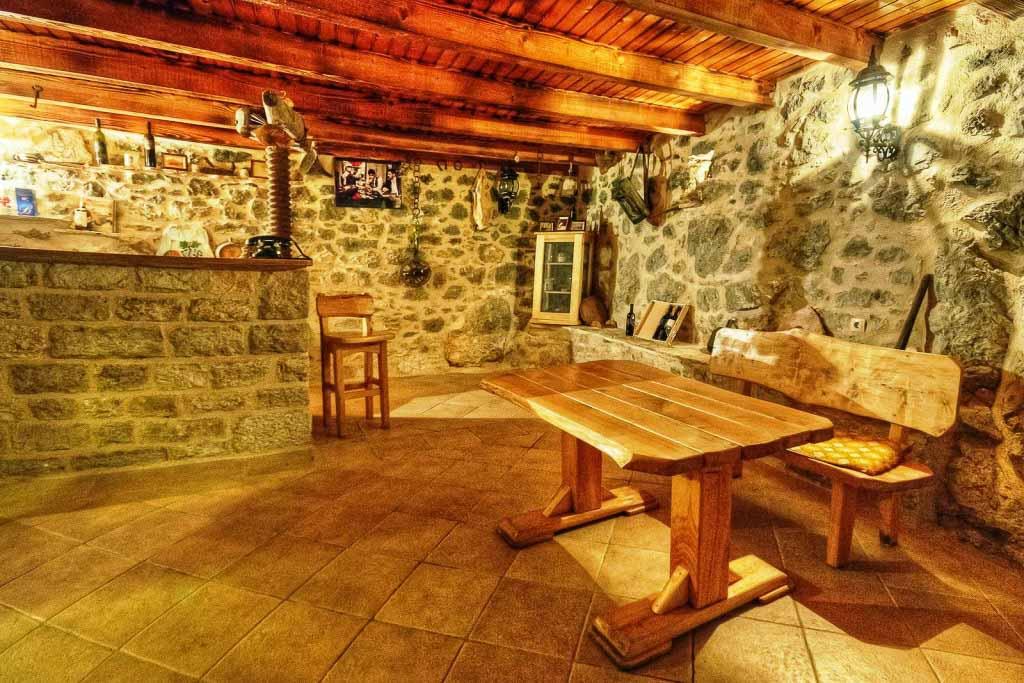 Villa Celina, Near Jelsa, Hvar Island  (12)