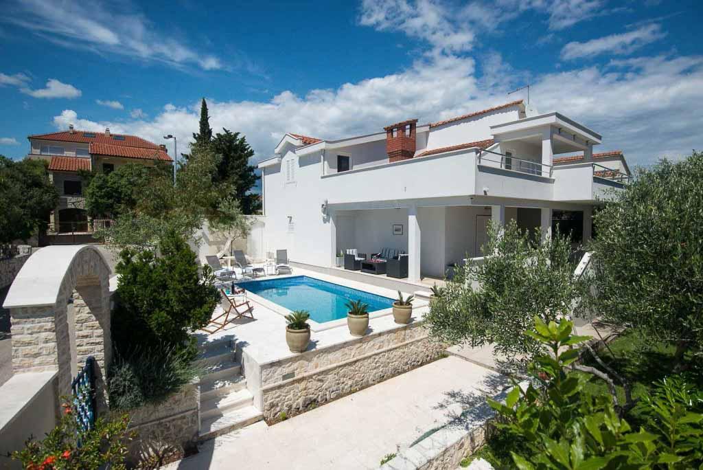 Villa-Doriana,-Okrug-Gornji,-Ciovo,-Trogir,-Split-Riviera-(5)