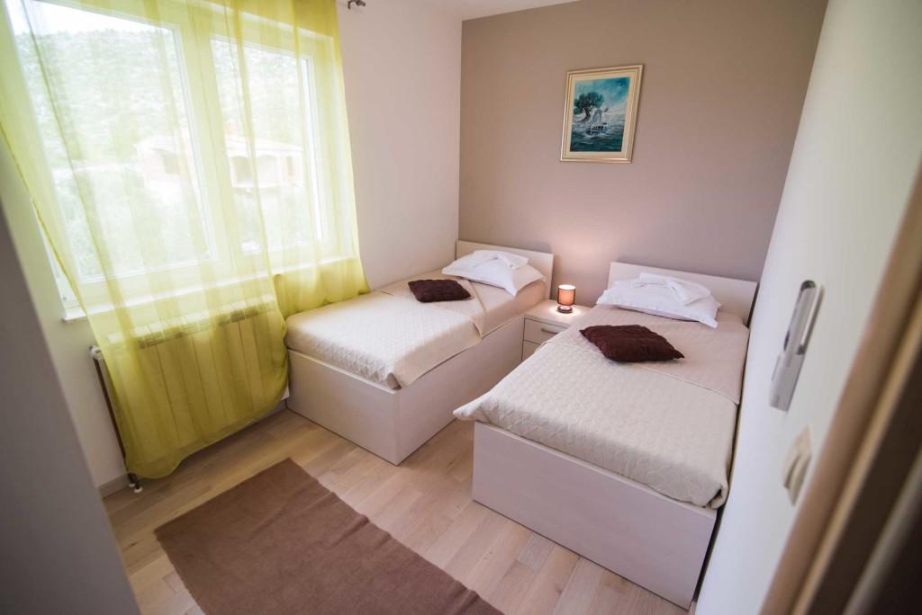Villa-Marina-Beach,-Marina-Bay,-Trogir,-Split-Riviera-(2)