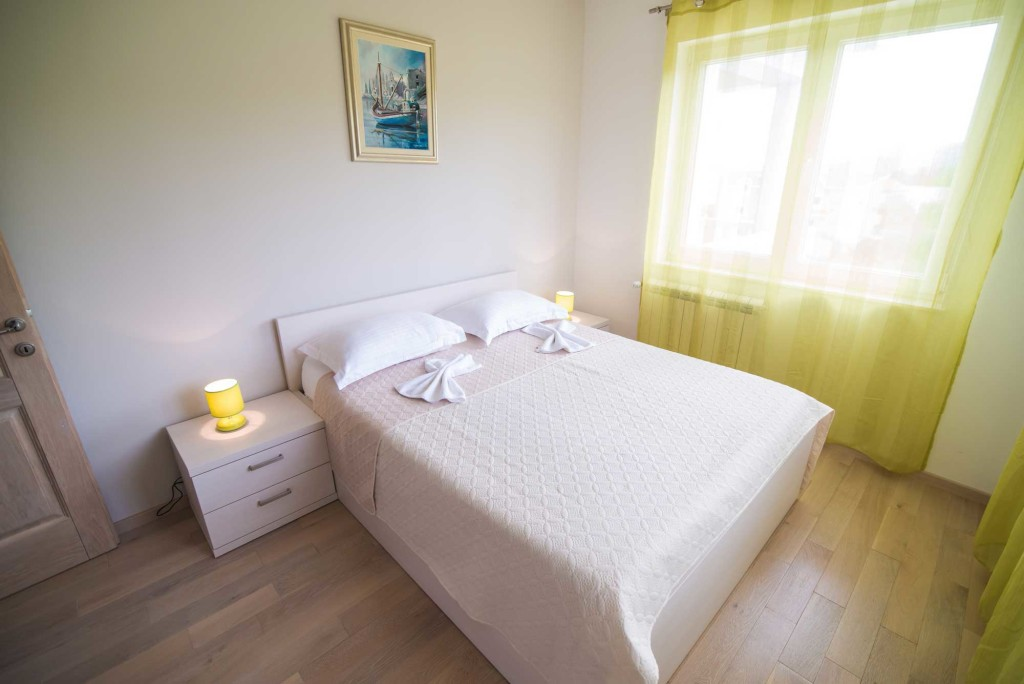 Villa-Marina-Beach,-Marina-Bay,-Trogir,-Split-Riviera-(3)
