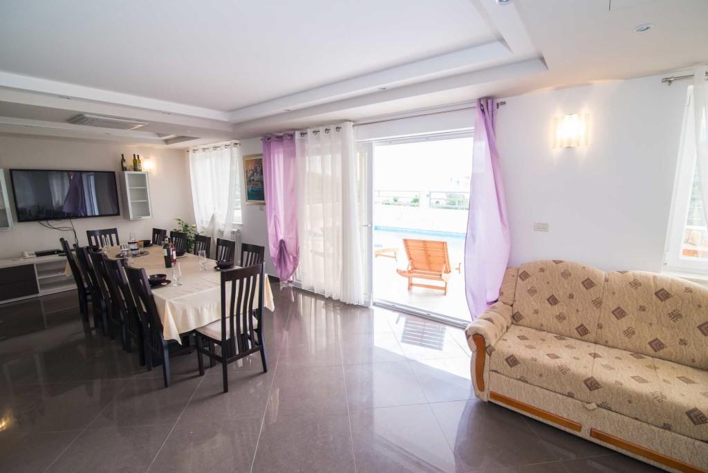 Villa-Marina-Beach,-Marina-Bay,-Trogir,-Split-Riviera-(30)