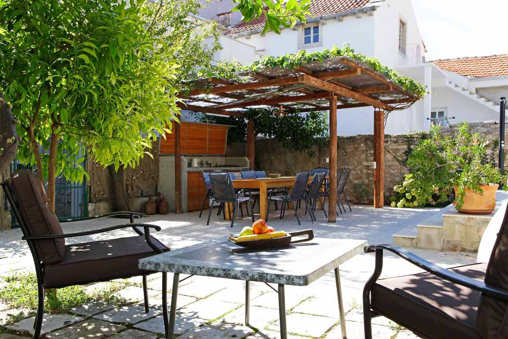 Villa-Orebic,-Peljesac,-Dalmatia-(4)