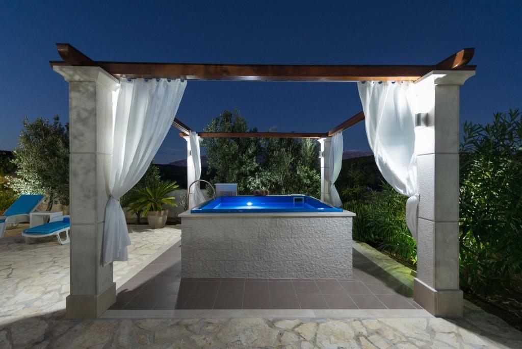 Villa Tania, Selca, Sumartin, Brac Island (23)