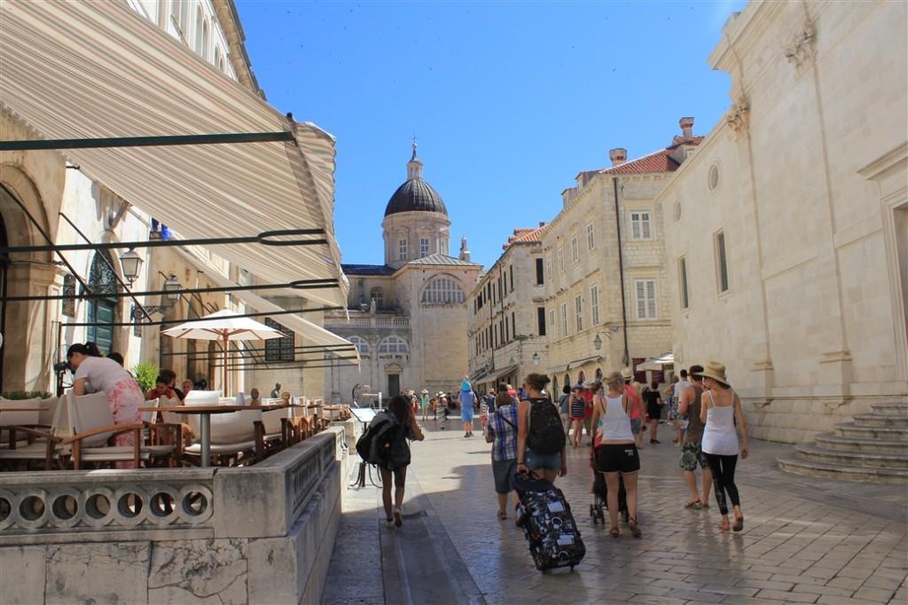 Gradska Kavana Dubrovnik Old Town (1)