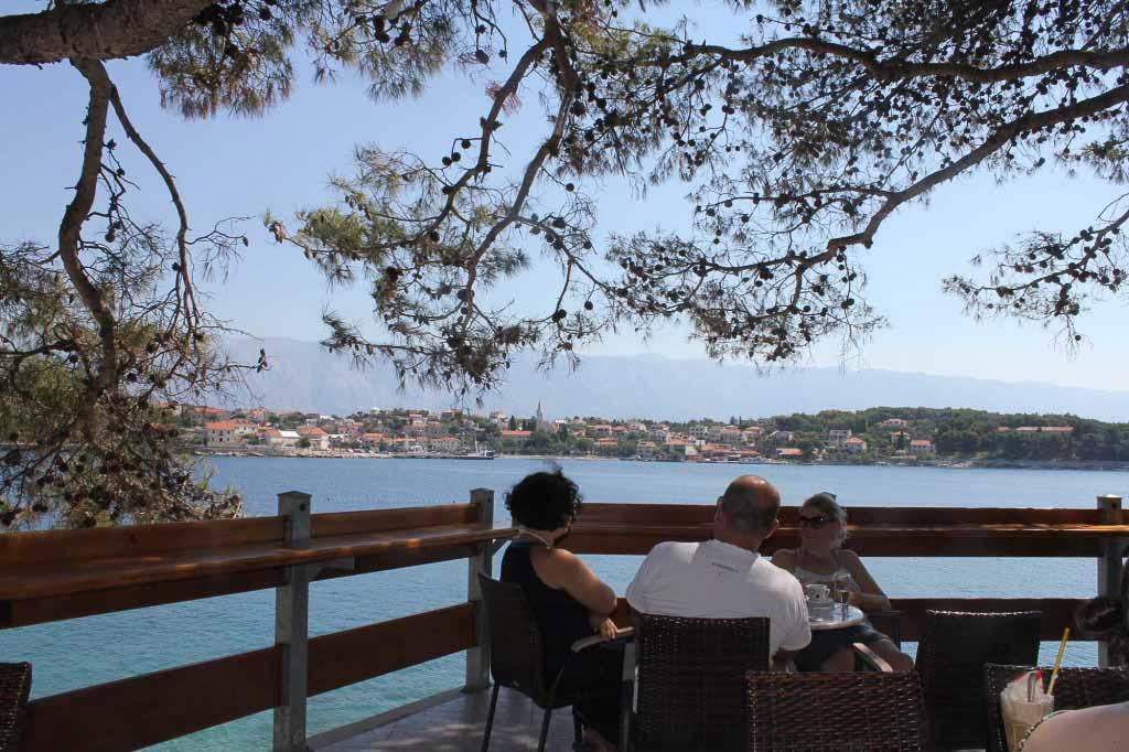 Kartolina Beach Bar, Sumartin Bay, Brac Island  (19)