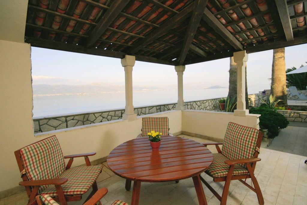 Palm-Tree-Villa,-Slatine-Bay,-Ciovo,-Trogir,-Split-Riviera-(131)