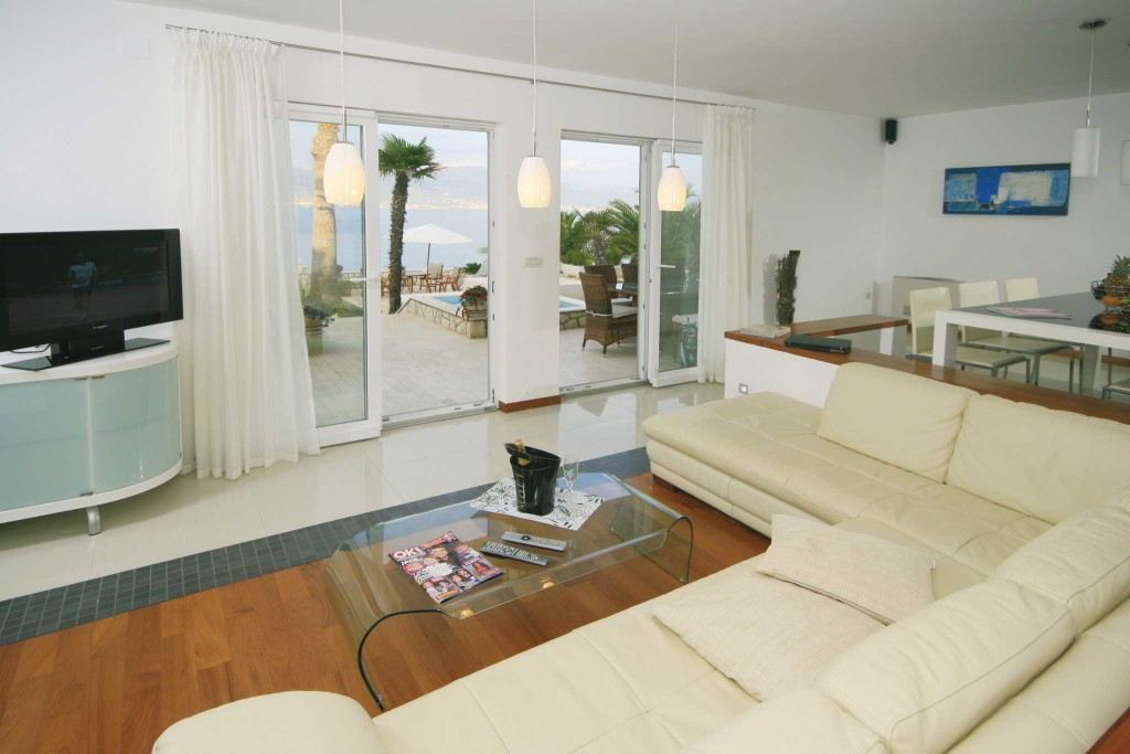 Palm-Tree-Villa,-Slatine-Bay,-Ciovo,-Trogir,-Split-Riviera-(16)