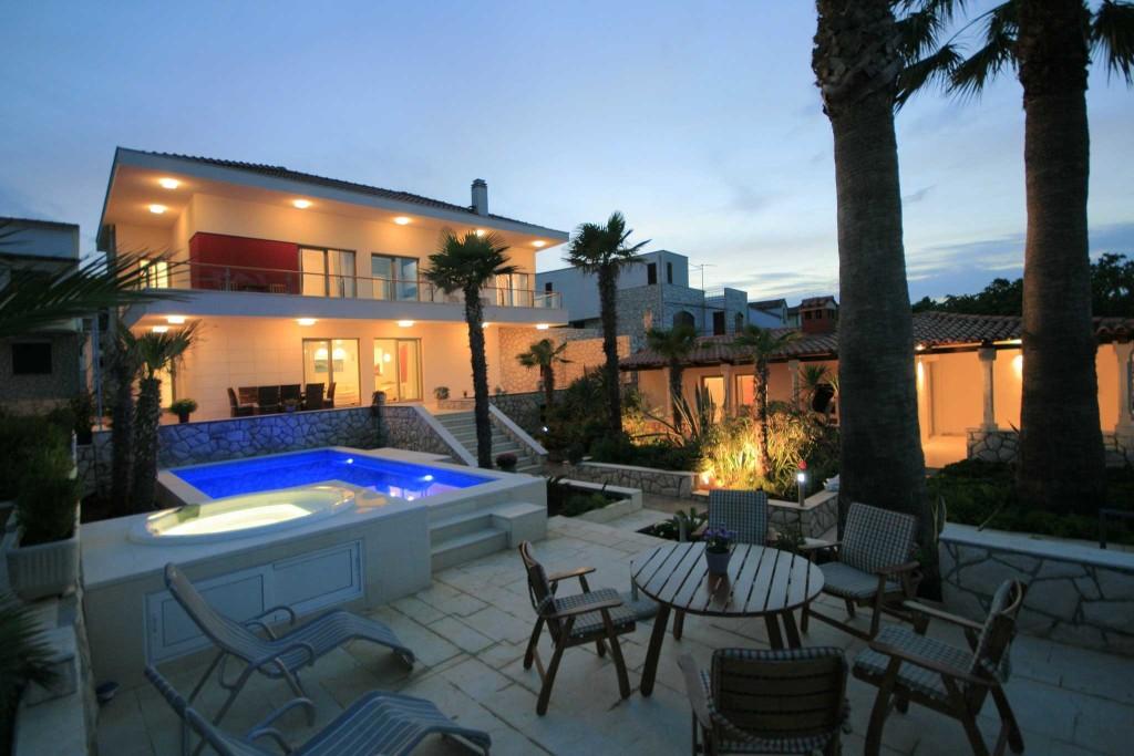 Palm-Tree-Villa,-Slatine-Bay,-Ciovo,-Trogir,-Split-Riviera-(38)