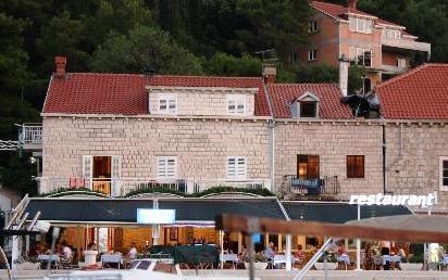 Restaurant Ivan, Cavtat, Dubrovnik, Croatia  (2)