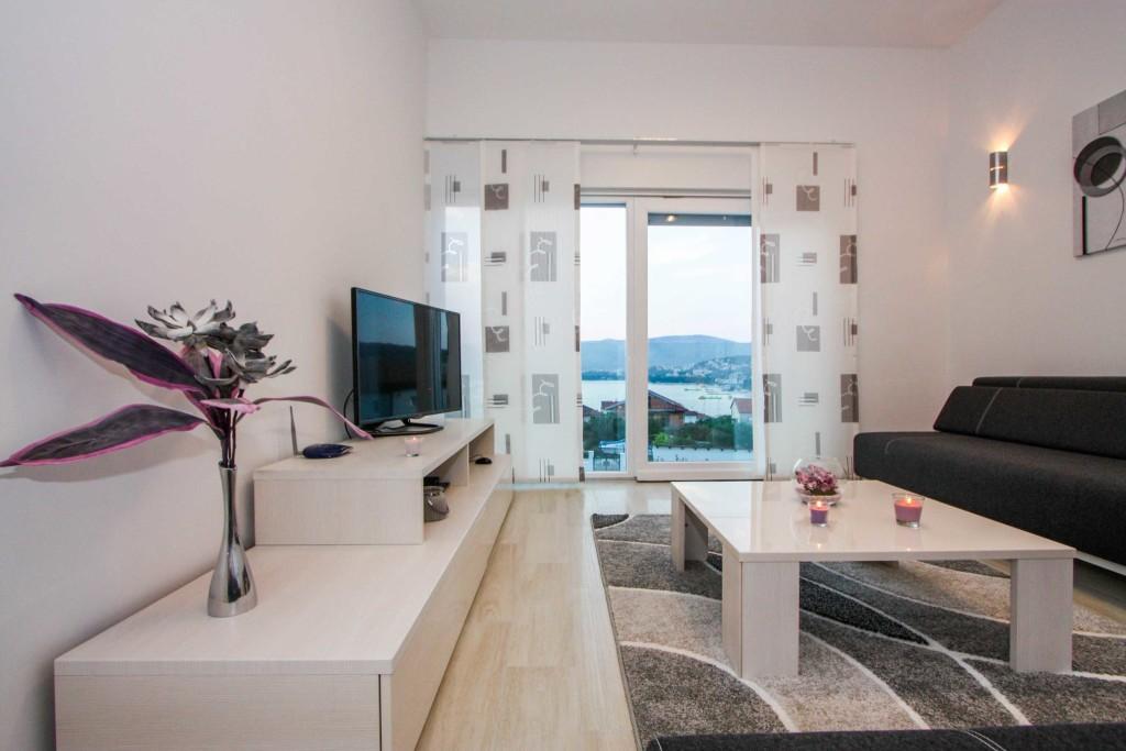 Villa-Lendra,-Okrug-Gornji,-Ciovo,-Split-Riviera,-Croatia-(40)