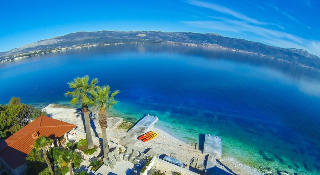 Palm Tree Garden Apartment, Slatine Bay, Split Riviera (1a)