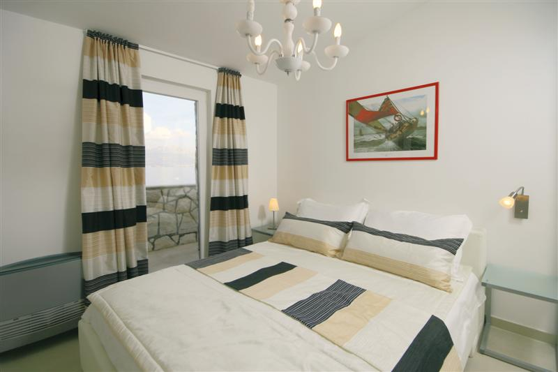 Palm Tree Garden Apartment, Slatine Bay, Split Riviera (6)