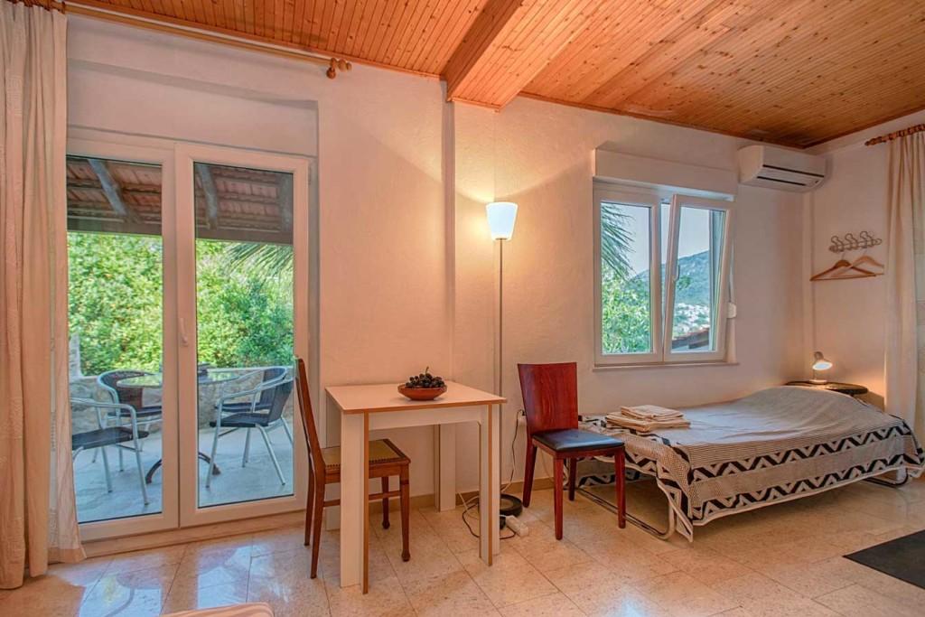 Villa-Lyric,-Near-Jelsa,-Hvar-Island-(65)
