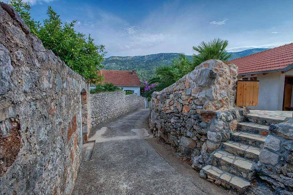Villa-Lyric,-Near-Jelsa,-Hvar-Island-(70)