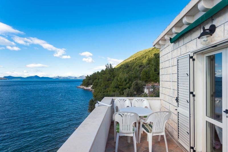 Villa Slano, Apartment Mirta, Slano Bay, Dubrovnik Riviera (43)