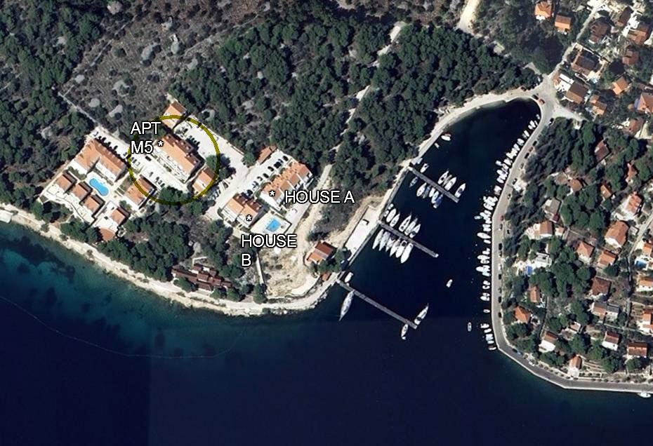 EmeraldApts, Milna Bay, Brac Island - LOCATION OF APTS