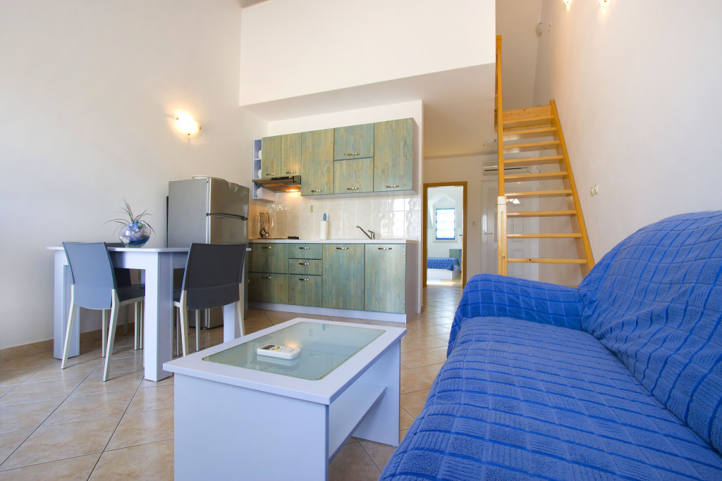 Emerald Apartments, Milna, Brac Island - Blue Rose 4+2