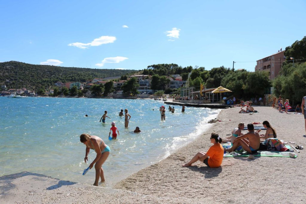 Marina-Bay-Beach,-Split-Riviera-(68)