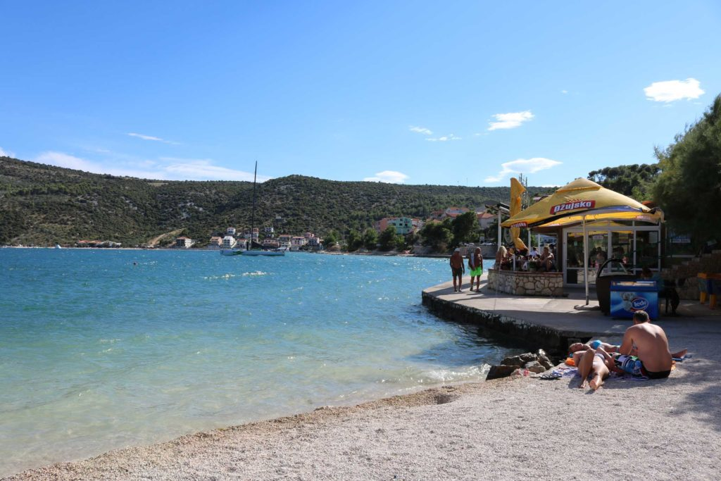 Marina-Bay-Beach,-Split-Riviera-(71)