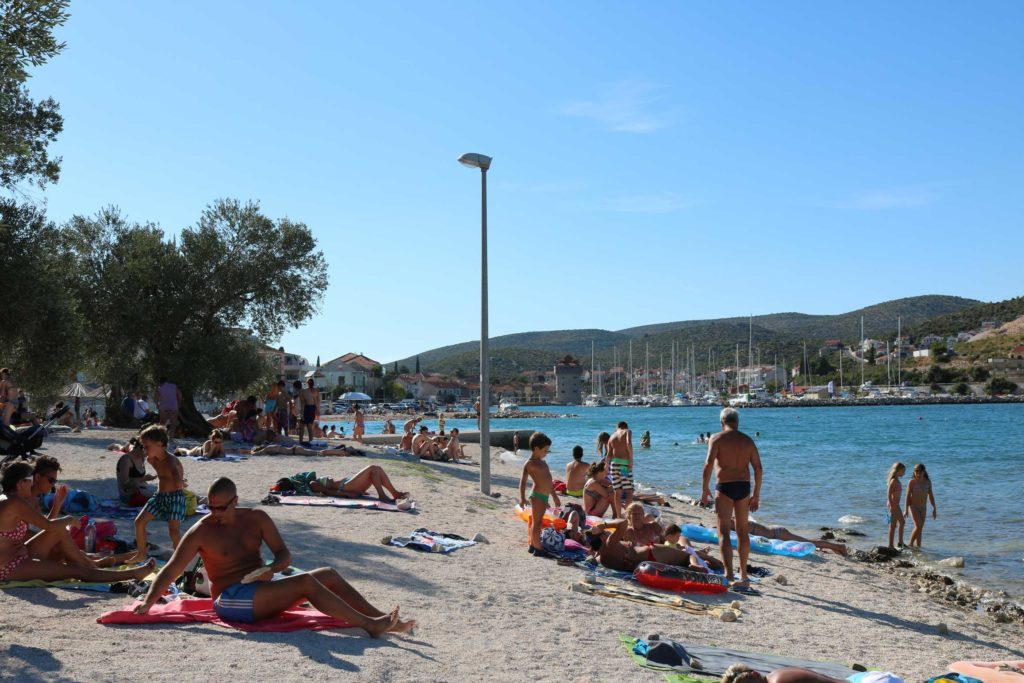 Marina-Bay-Beach,-Split-Riviera-(92)