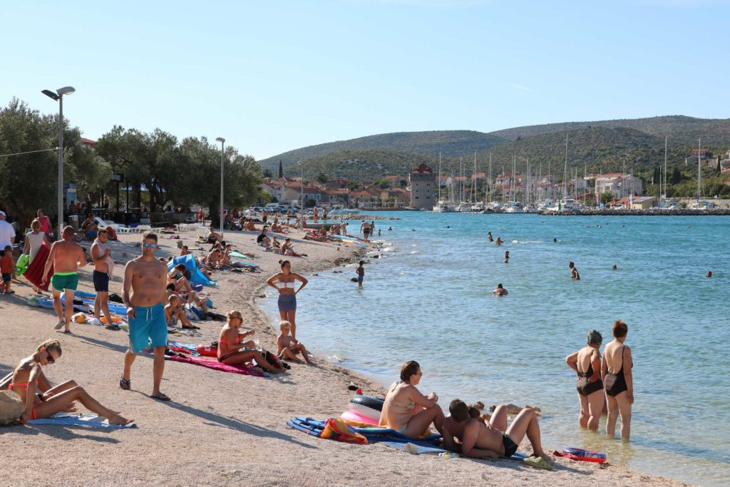 Marina-Bay-Beach,-Split-Riviera-(95)