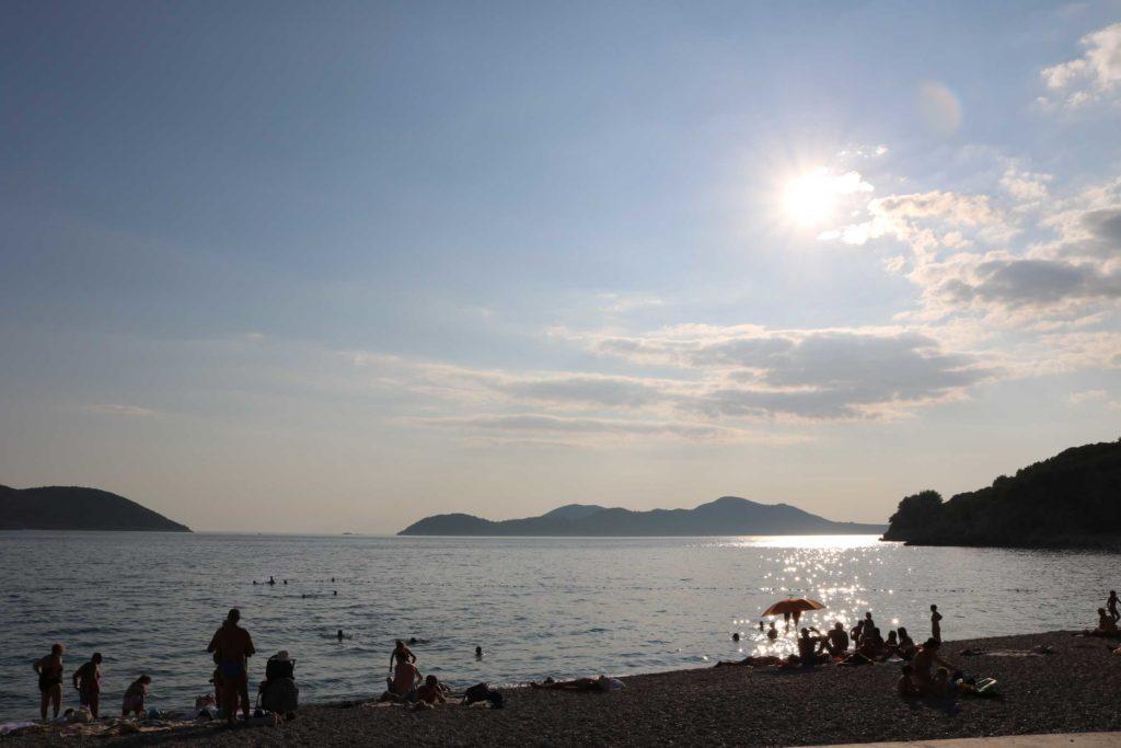 Orasac-Beach,-Radisson-Blu-Hotel,-Orasac-Coast,-Dubrovnik-Riviera-(11)