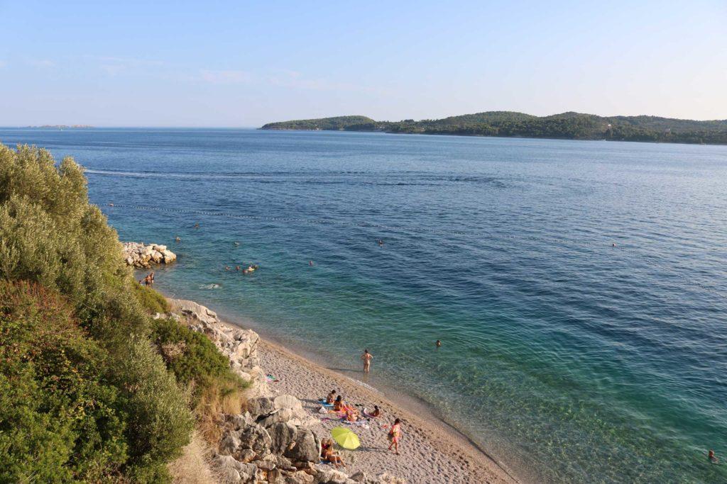 Orasac-Beach,-Radisson-Blu-Hotel,-Orasac-Coast,-Dubrovnik-Riviera-(19)