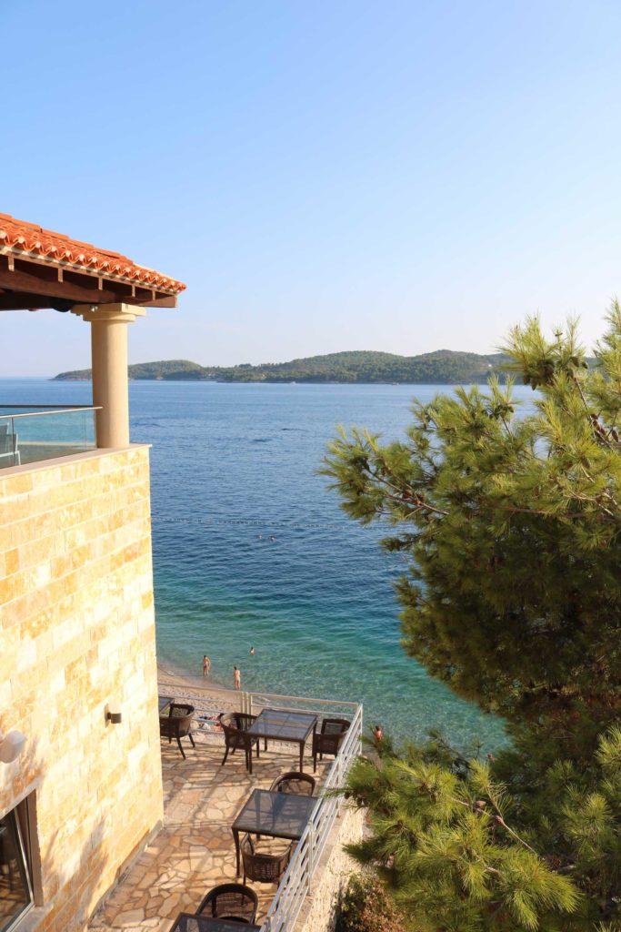 Orasac-Beach,-Radisson-Blu-Hotel,-Orasac-Coast,-Dubrovnik-Riviera-(22)