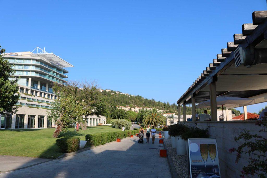 Orasac-Beach,-Radisson-Blu-Hotel,-Orasac-Coast,-Dubrovnik-Riviera-(30)