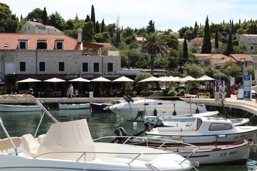 Restaurant-Dalmacija-Cavtat-Bay,-Dubrovnik-Riviera-(3)
