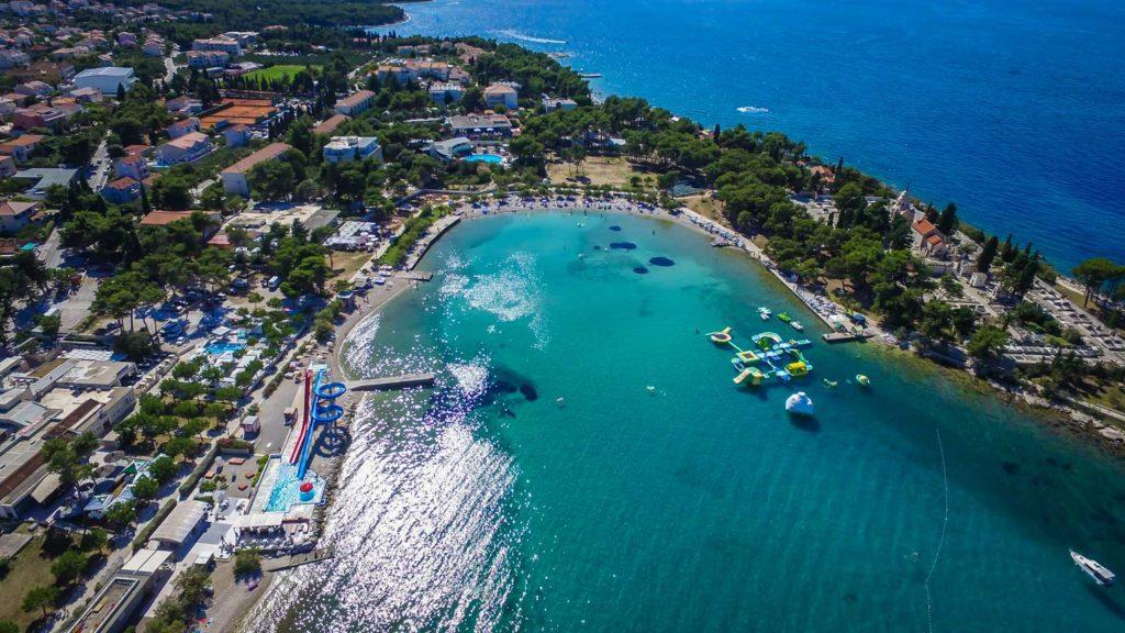 Supetar-Bay-&-Beaches,-Brac-Island-(2)