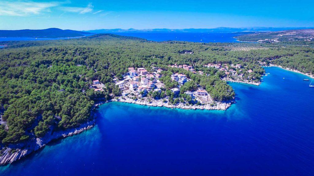 villa-slavica-milna-bay-brac-island-10