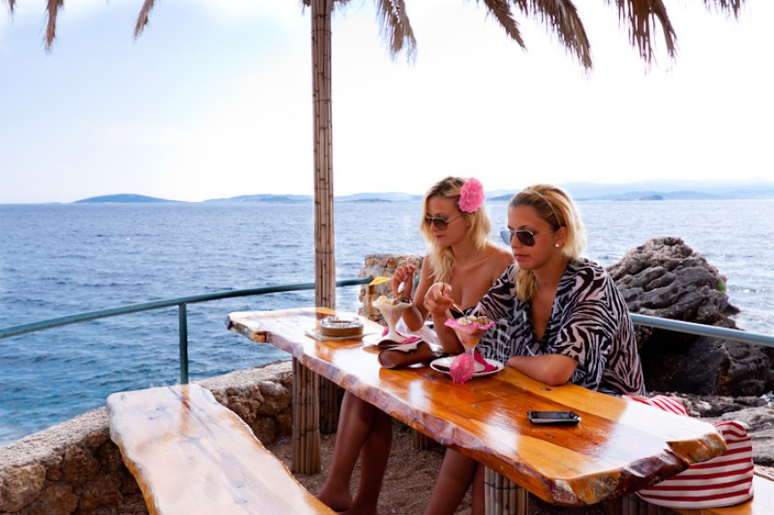 beach-bar-adriatic-mokalo-bay-orebic-peljesac-peninsula-3