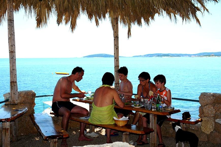 beach-bar-adriatic-mokalo-bay-orebic-peljesac-peninsula-5