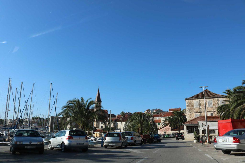 milna-bay-brac-island-2