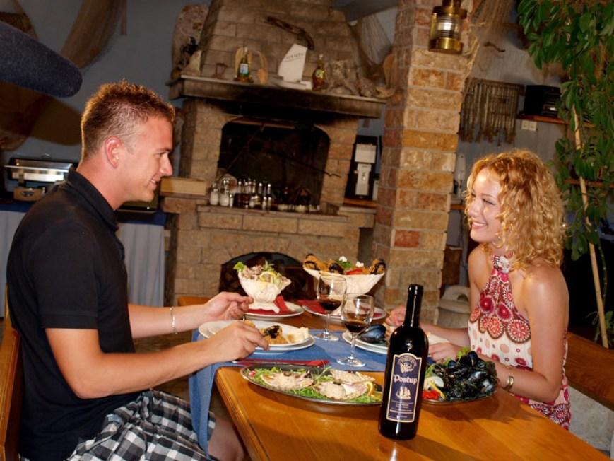restaurant-adriatic-mokalo-bay-orebic-peljesac-peninsula-10
