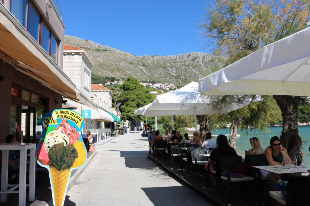 restaurant-cafe-bar-mlini-bay-dubrovnik-riviera-2
