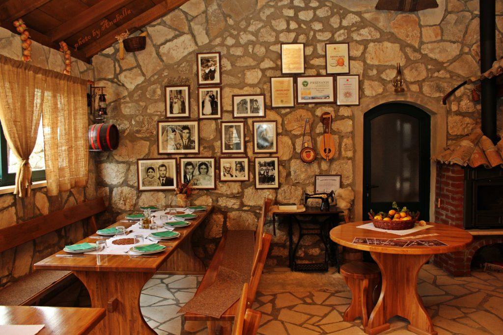 restaurant-konoba-laptalo-1