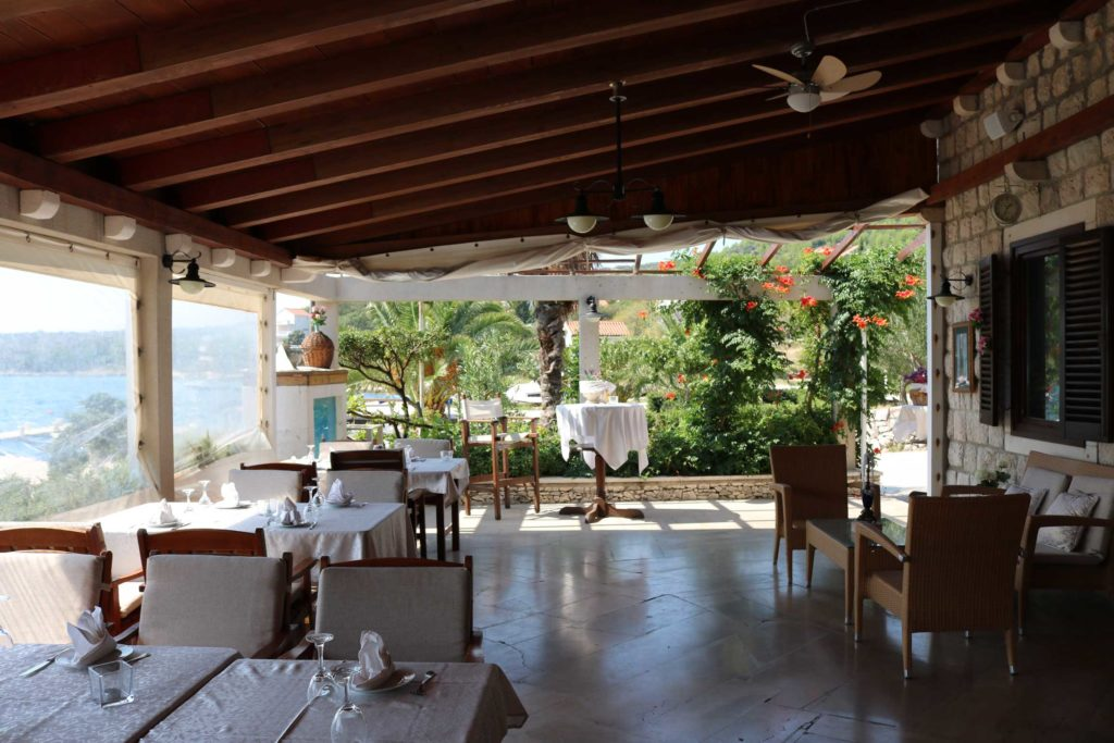 restaurant-konoba-nono-slano-bay-dubrovnik-riviera-11