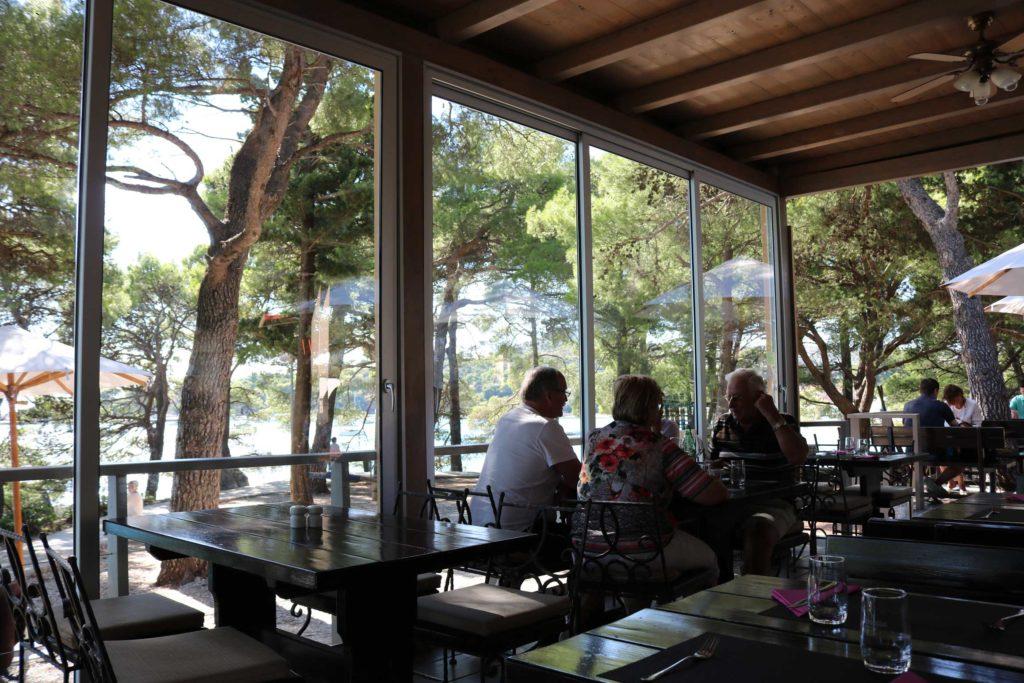 restaurant-puntizela-mlini-bay-dubrovnik-riviera-12