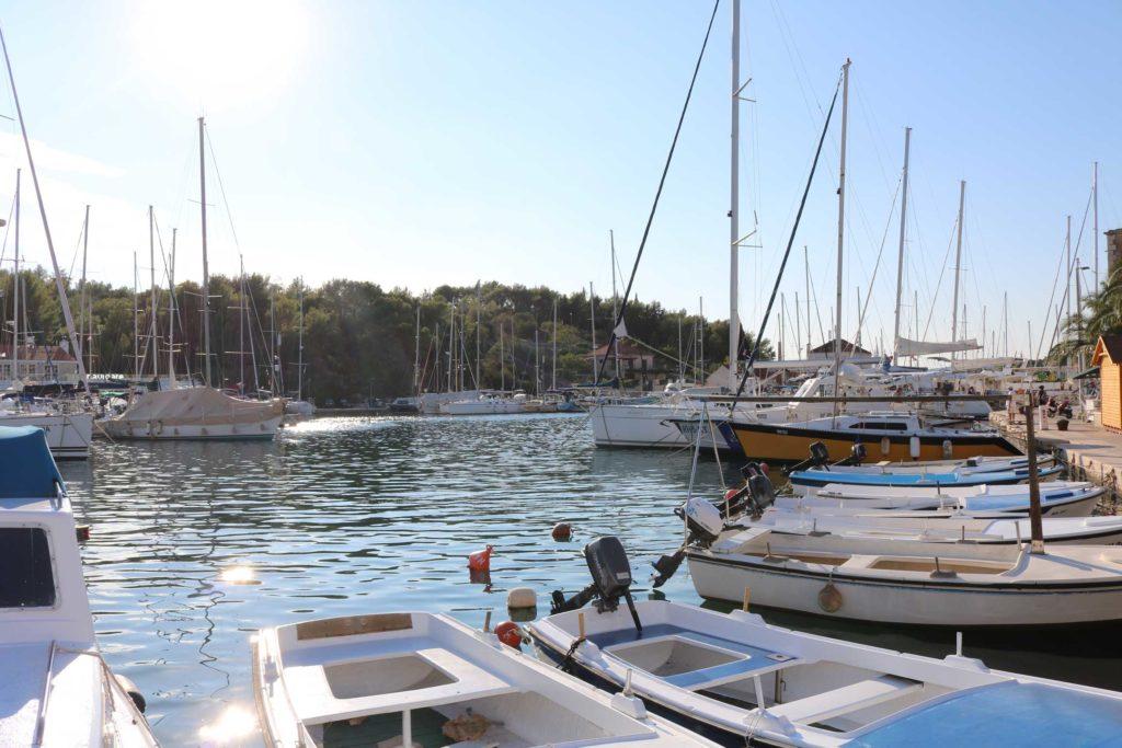 Milna Bay, Brac Island (8)